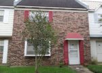 Foreclosed Home in Lafayette 70506 1320 DULLES DR APT E - Property ID: 4215035