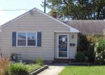 Foreclosed Home in Pennsville 8070 11 LAKEVIEW AVE - Property ID: 4216296