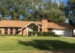 Foreclosed Home in Vicksburg 39180 212 LINDA DR - Property ID: 4218498
