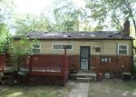 Foreclosed Home in Ypsilanti 48198 2061 CHEVROLET ST - Property ID: 4219424