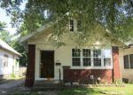 Foreclosed Home in Evansville 47711 1206 E IOWA ST - Property ID: 4219550