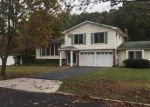 Foreclosed Home in Coram 11727 11 SPARROW DR - Property ID: 4220457