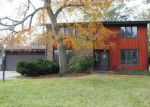 Foreclosed Home in Fort Wayne 46815 3635 BLUEGRASS LN - Property ID: 4221108