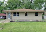 Foreclosed Home in Des Moines 50315 614 E TITUS AVE - Property ID: 4221749