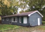 Foreclosed Home in Carbondale 62901 326S S HANSEMAN ST - Property ID: 4222241