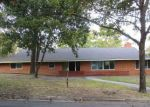 Foreclosed Home in Grand Prairie 75050 809 NW 9TH ST - Property ID: 4222770
