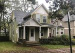 Foreclosed Home in Grand Rapids 49506 858 SIGSBEE ST SE - Property ID: 4224347