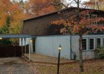 Foreclosed Home in Dumfries 22025 16214 EDGEWOOD DR - Property ID: 4225122