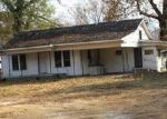 Foreclosed Home in Malvern 72104 121 RUSSELLVILLE RD - Property ID: 4225802