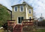 Foreclosed Home in Bloomfield 7003 70 ORCHARD ST - Property ID: 4227968