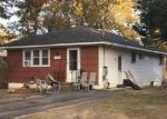 Foreclosed Home in Mastic 11950 137 MONROE ST - Property ID: 4227973