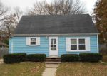 Foreclosed Home in Green Bay 54302 1858 EASTMAN AVE - Property ID: 4228033