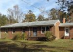 Foreclosed Home in Jarratt 23867 22099 OWEN RD - Property ID: 4228128