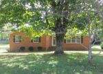 Foreclosed Home in Pulaski 38478 1011 TUCKER DR - Property ID: 4228227