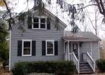 Foreclosed Home in Auburn Hills 48326 240 N SQUIRREL RD - Property ID: 4228671
