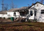 Foreclosed Home in Garden City 48135 31556 WINDSOR ST - Property ID: 4228712