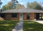 Foreclosed Home in Walker 70785 30207 STUMP ST - Property ID: 4228810