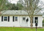 Foreclosed Home in Lincoln 62656 519 N ADAMS ST - Property ID: 4228946
