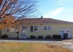 Foreclosed Home in East Saint Louis 62206 820 WATER ST - Property ID: 4228955