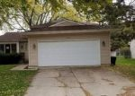 Foreclosed Home in South Elgin 60177 1156 LA FAYETTE DR - Property ID: 4228973