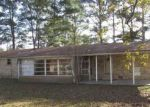 Foreclosed Home in Decatur 35601 1716 IRIS ST SW - Property ID: 4229323