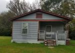 Foreclosed Home in Chattanooga 37406 2711 N ORCHARD KNOB AVE - Property ID: 4229916
