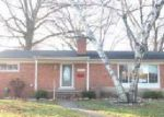 Foreclosed Home in Livonia 48150 33577 NANCY ST - Property ID: 4230984