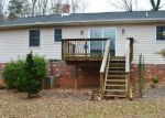 Foreclosed Home in Rochelle 22738 804 BUGGY LN - Property ID: 4232176