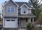 Foreclosed Home in Washingtonville 10992 27 LARK ST - Property ID: 4232283
