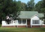 Foreclosed Home in Saulsbury 38067 335 FAIRWAY DR - Property ID: 4232607
