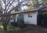Foreclosed Home in Gladstone 97027 17570 SPRINGHILL PL - Property ID: 4233128