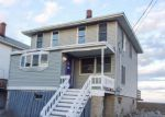 Foreclosed Home in Scituate 2066 79 REBECCA RD - Property ID: 4233613