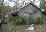Foreclosed Home in New Albany 47150 814 WEST ST - Property ID: 4233677