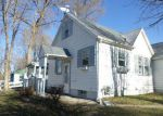 Foreclosed Home in Waterloo 50703 103 HAWVER CT - Property ID: 4233730