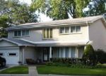 Foreclosed Home in Lincolnwood 60712 6425 N LONGMEADOW AVE - Property ID: 4234823