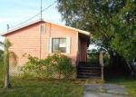 Foreclosed Home in Alva 33920 23061 AVENUE B - Property ID: 4234866