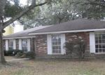 Foreclosed Home in New Orleans 70128 7920 BRANCH DR - Property ID: 4235769