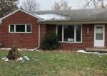 Foreclosed Home in Livonia 48150 28771 MINTON CT - Property ID: 4237379
