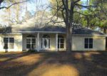 Foreclosed Home in Adel 31620 381 LONNIE GRIMSLEY RD - Property ID: 4237764