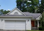 Foreclosed Home in Howell 48843 944 OAKCREST RD - Property ID: 4238149