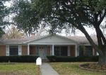 Foreclosed Home in Shreveport 71109 2408 PARHAM DR - Property ID: 4238442
