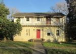 Foreclosed Home in Weslaco 78596 1001 S MISSOURI AVE - Property ID: 4238706
