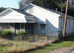 Foreclosed Home in Phenix City 36867 206 21ST PL - Property ID: 4239644