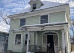Foreclosed Home in Auburn 13021 8 WOODRUFF PL - Property ID: 4242024