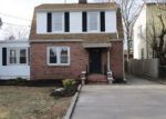 Foreclosed Home in Sayville 11782 304 GREELEY AVE - Property ID: 4243275