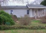 Foreclosed Home in Hickory 28601 1634 RAYLAND DR - Property ID: 4243292