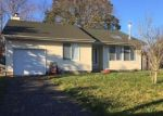 Foreclosed Home in Mastic Beach 11951 27 GOOSEBERRY RD - Property ID: 4244072