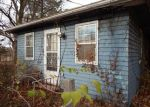 Foreclosed Home in Cedar Rapids 52403 911 28TH ST SE - Property ID: 4244783