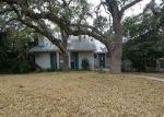 Foreclosed Home in Helotes 78023 564 OAK COUNTRY - Property ID: 4245042