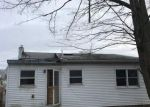Foreclosed Home in West Babylon 11704 213 17TH ST - Property ID: 4246288